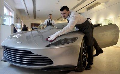 Aston Martin To Create 4 000 Uk Jobs With Second Factory In Glamorgan Futurzweb