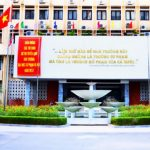 English to be second language in Vietnam HE